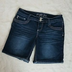 Dark wash Bermuda shorts